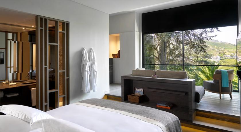 six sense douro valley room